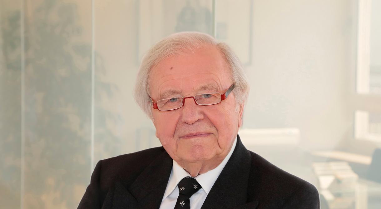 Prof. Dr. Georg Romatka, Rechtsanwalt bei ROMATKA Rechtsanwälte, München – Diplom Volkswirt – Schwerpunkte: Presserecht, Medienrecht, Urheberrecht, Verlagsrecht